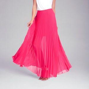 Bebe Pleated Maxi Skirt. Worn once.